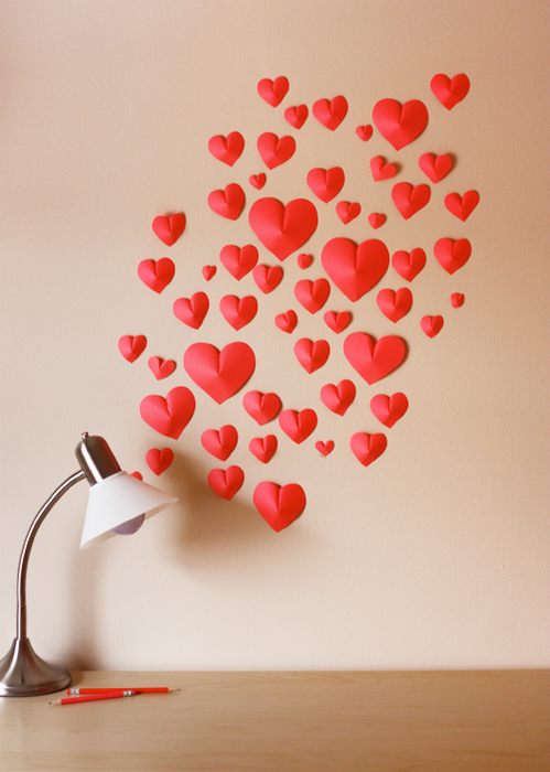 wall-of-paper-hearts (499x700, 485Kb)