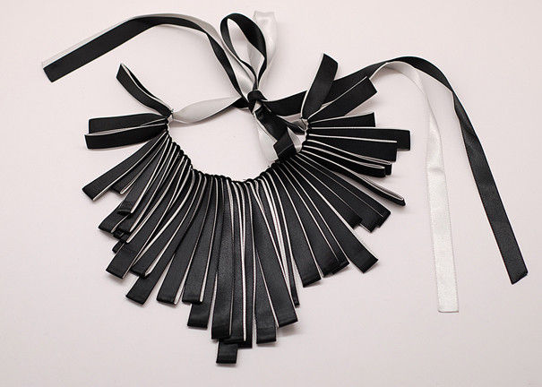 pl466294-folded_satin_ribbon_collar_necklace_handmade_necklace_handcrafted_necklaces_nl_487 (605x432, 46Kb)