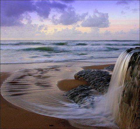 Водопад из океана, Португалия (480x441, 45Kb)