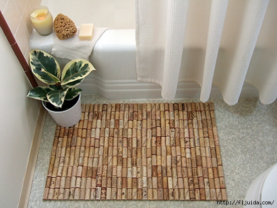 wine-cork-projects-bath-mat-from-crafty-nest (550x412, 206Kb)