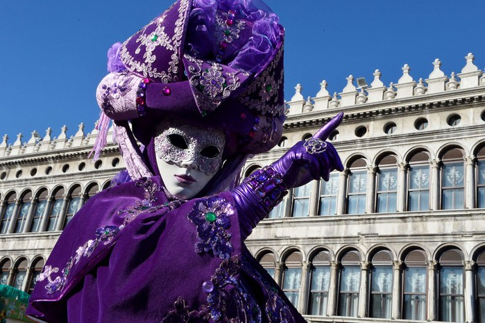 Венецианский карнавал (700x465, 118Kb)