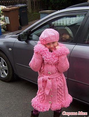 Вязаный пуловер для девочки.