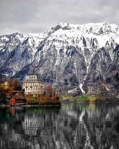 Домик на озере. Швейцария (384x480, 60Kb)