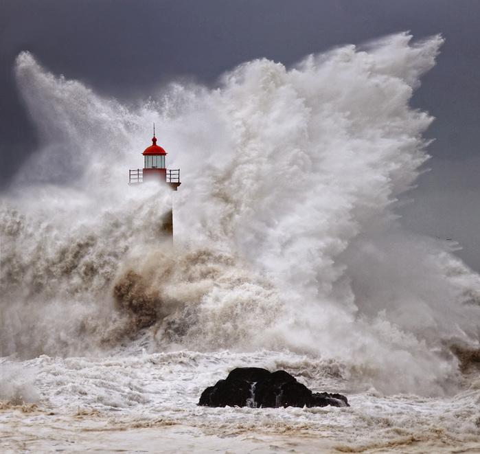 шторм фото (700x661, 146Kb)
