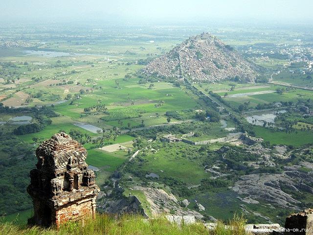 Крепость Джинджи, Индия, 112 (640x480, 298Kb)