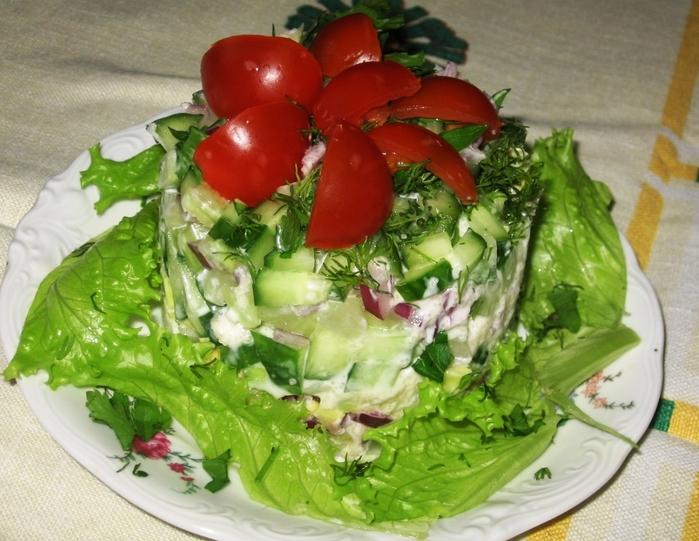 рецепты салатов с креветками и форелью