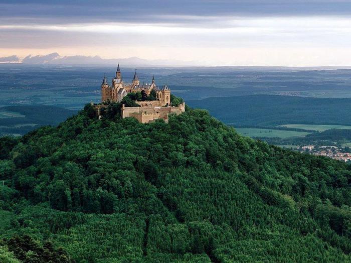 Замок Гогенцоллерн, Германия (700x524, 68Kb)