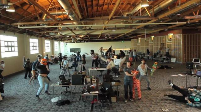 Harlem Shake/2962118_1360687090_makerstudiosharlemshake (640x359, 203Kb)