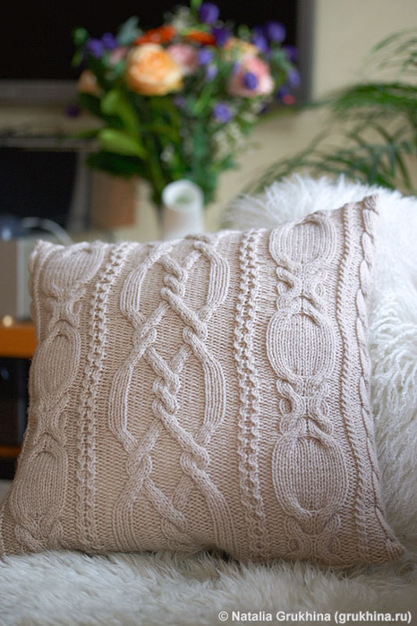 knit_pillow0_resize (466x700, 128Kb)