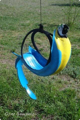 Сегодня мы сделаем кашпо из старых шин своими руками.  Делаем садового попугая из шин своими руками - мастер-класс.