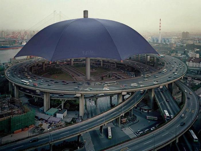 Самый большой зонт в мире находится в Китае, провинция Gansu (700x525, 59Kb)