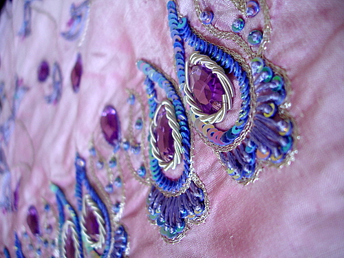 embroidered_silk_sari (500x375, 148Kb)