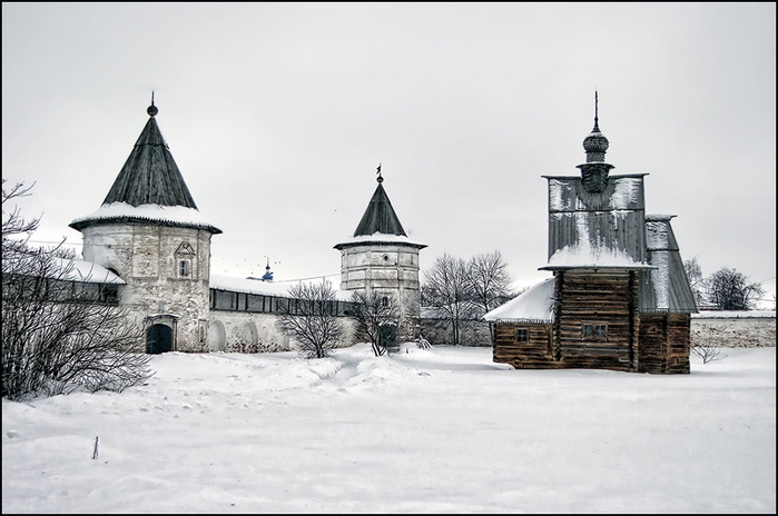 Юрьев-Польский. Михайло-архангельский монастырь/3673959_8 (700x464, 115Kb)