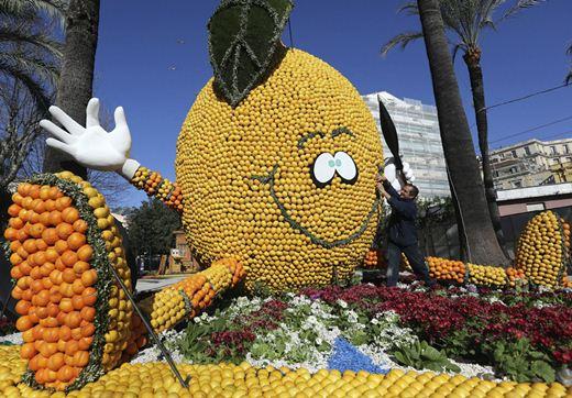 Фестиваль лимонов во Франции, на Лазурном Берегу