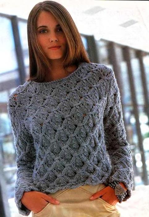 Пуловер. Крупная вязка.
