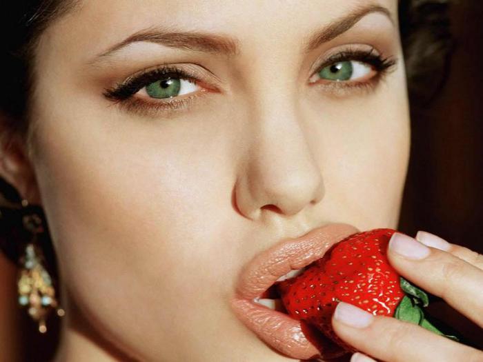 Angelina-Jolie-Resimleri-800x600 (700x525, 37Kb)