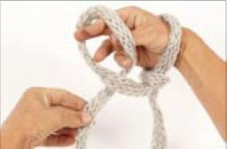вязание на руках. шарфик (5) (256x168, 6Kb)