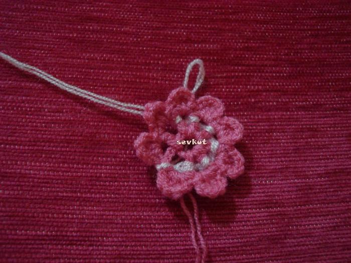 связать крючком цветы(700x525, 309Kb)