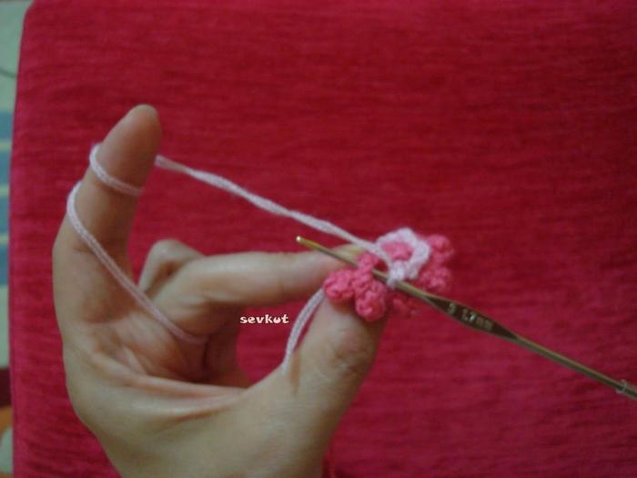 связать крючком цветы(700x525, 207Kb)