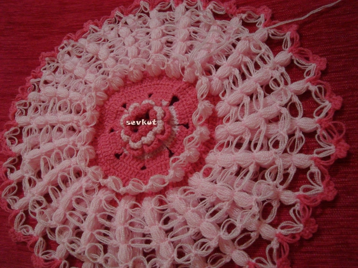 связать крючком цветы (700x525, 324Kb)