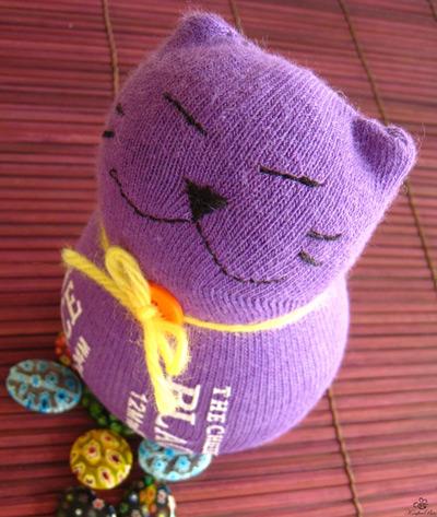 """Поблагодарите меня за труд, нажав кнопочку  """"Понравилоась """".  Спасибо.  Как сделать букет роз из детских носков."""