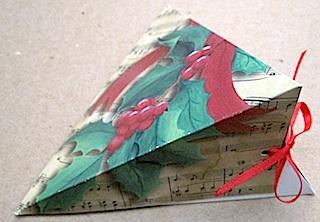 поделки из бумаги-мастер класс (320x222, 36Kb)