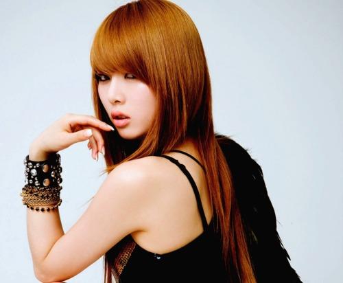 ИПОСТАСЬ ПЕВИЦА: Hyuna Kim (Ким Хёна)