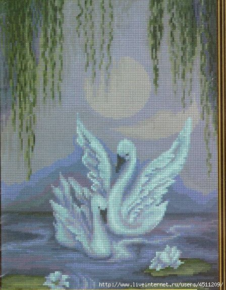 Лебеди.Вышивка крестом. image