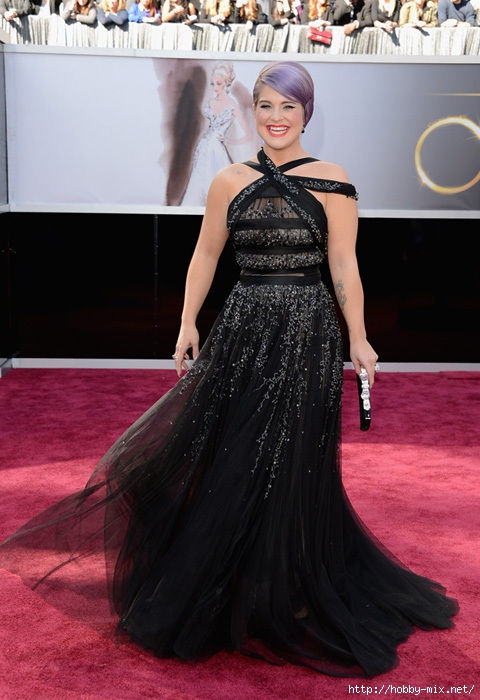 oscars_2013_red_carpet_kelly_osbourne_black_dress_18il50e-18il50m (480x700, 182Kb)