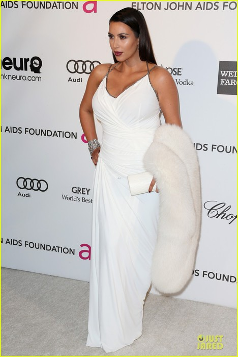 kim-kardashian-elton-john-oscars-party-2013-12 (468x700, 63Kb)