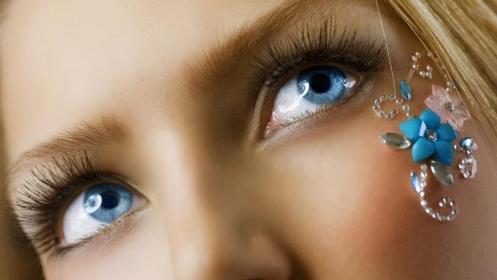 голубые глаза фото/4552399_golybie_glaza_foto_1_ (700x393, 173Kb)