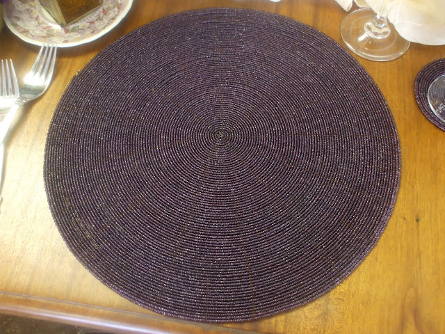 Purple beaded placemat (640x480, 144Kb)