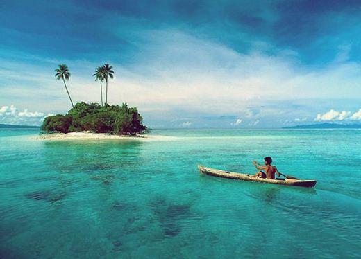 Мощное землетрясение и цунами у Соломоновых островов. Фотографии