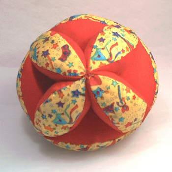Описание шитья и крой мягкого мяча для малыша.  Тряпичный мяч (секционный) .
