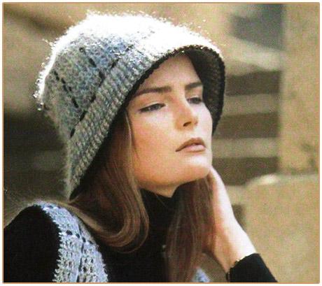 Теплая шляпка c полями