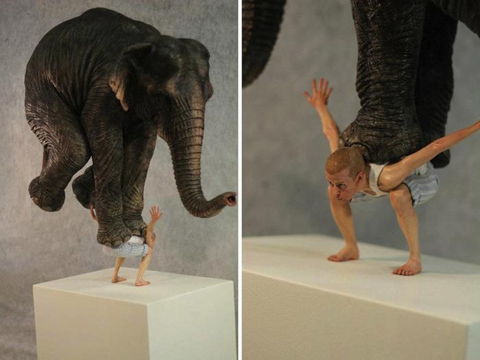 слон на плечах скульптура фото 4 (700x525, 95Kb)