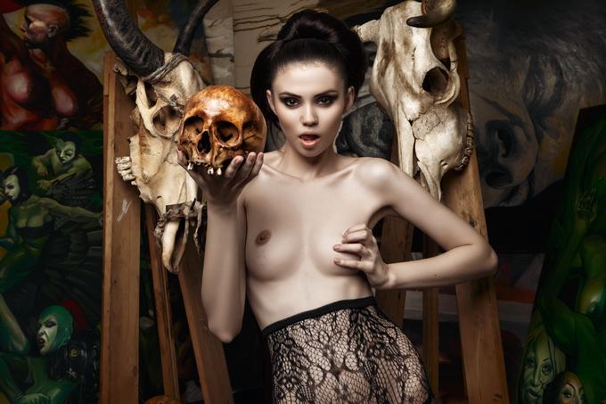 Дэниэл Илинка эротические фото 6 (680x453, 305Kb)