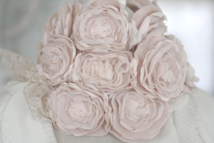 цветы из ткани (15) (700x467, 210Kb)