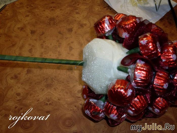 Как сделать из конфет фрукты своими руками  570