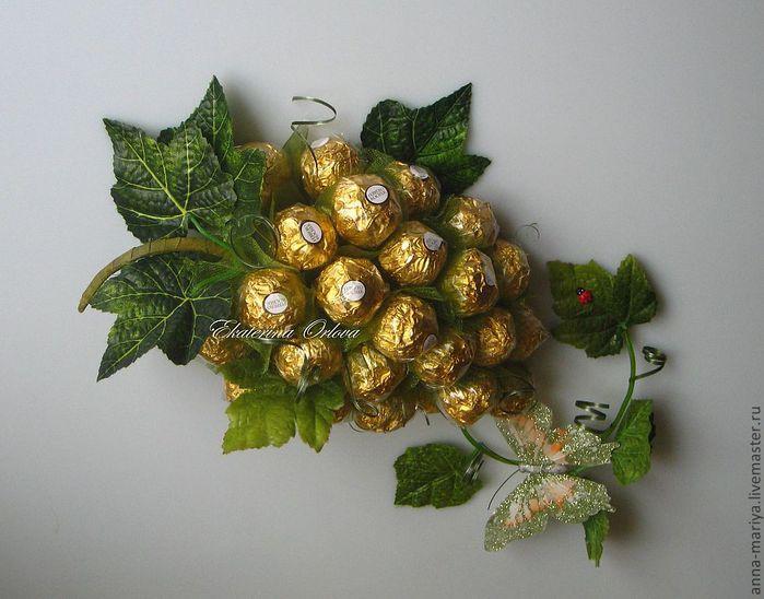 виноград из конфет (12) (700x548, 58Kb)