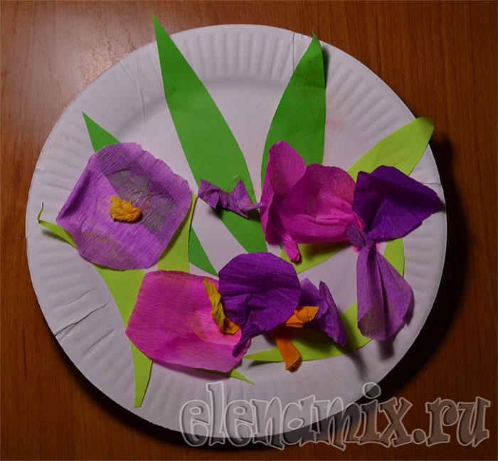 подарок маме на 8 марта/4348076_podarok (700x648, 89Kb)