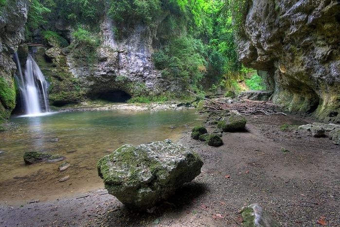 Водопад La Tine de Conflens, Швейцария 51131