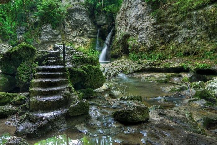 Водопад La Tine de Conflens, Швейцария 56073