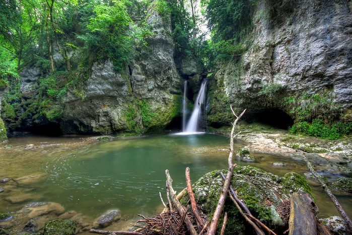 Водопад La Tine de Conflens, Швейцария 47579