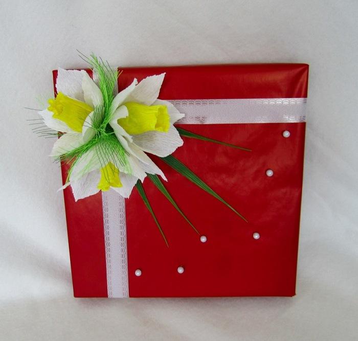 Цветы на коробку своими руками