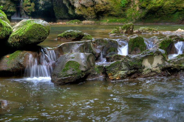 Водопад La Tine de Conflens, Швейцария 75590