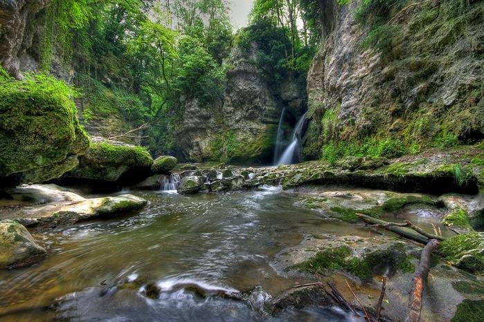 Водопад La Tine de Conflens, Швейцария 27866