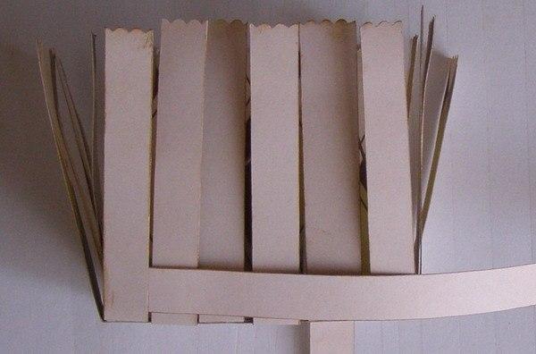 Как сделать корзинку из бумаги видео своими руками