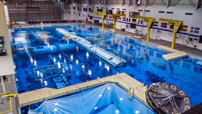 Гигантский бассейн в лаборатории NASA Фотографии