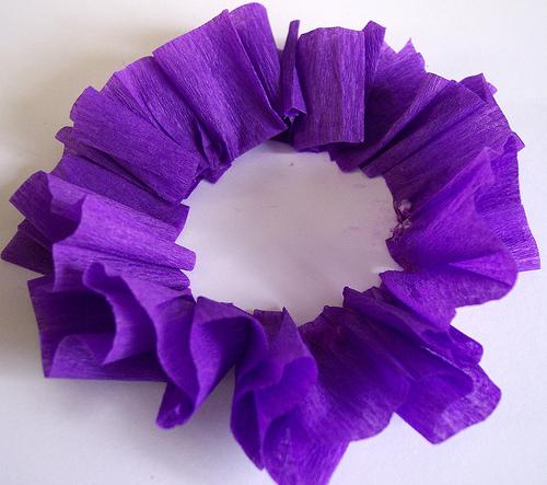 цветы из гофрированной бумаги (6) (500x443, 147Kb)